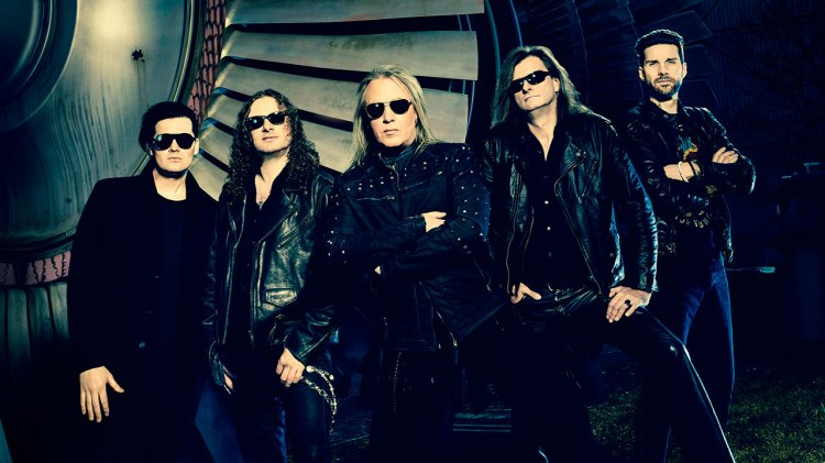 helloween-2015-group-1280